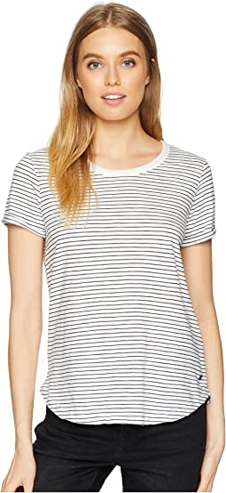 Love Sun Short Sleeve Striped Screen Basic Tee