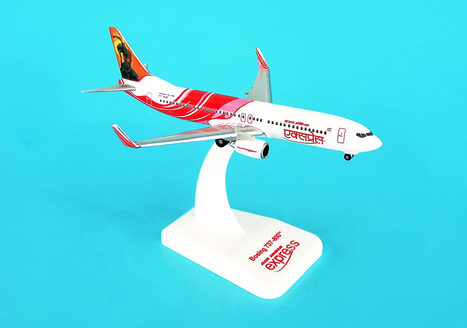 Hogan 500 Scale DIECAST HG8058 Air India Express 737800 1500 Reg VTAXE