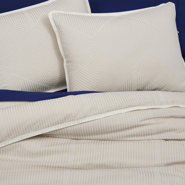 Full//Queen Tommy Hilfiger Windward Diamond Comforter Set Oatmeal