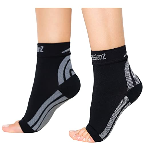7854bb2bbcc5f3 CompressionZ Plantar Fasciitis Socks - Compression Foot Sleeves - Ankle  Brace w/Arch Support -