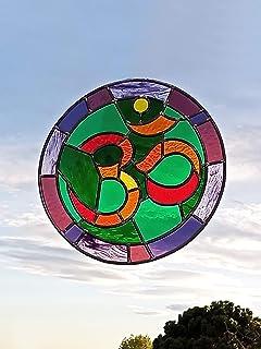 Vitral con el Símbolo Om | Vitral de 49 cm de diámetro | Fabricación artesanal | Cristales de color, catedral antiguo, sop...