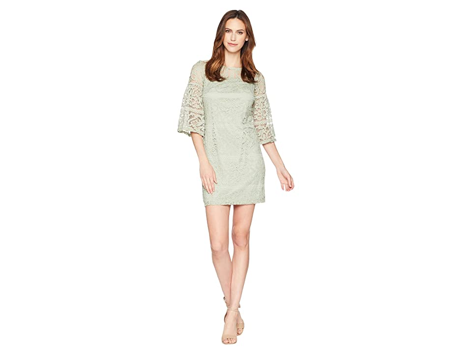 Sangria Bell Sleeve Lace Shift (Moss) Women