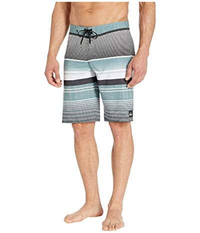 Quiksilver 21 Everyday Stripe Vee 2.0 Boardshorts Swim Trunks (Tarmac) Men