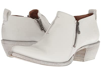 Frye Sacha Zip Shootie (White Waxed Full Grain) Women
