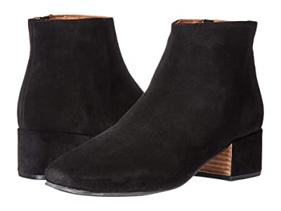 Gentle Souls by Kenneth Cole Ella Bootie (Black 1) Women