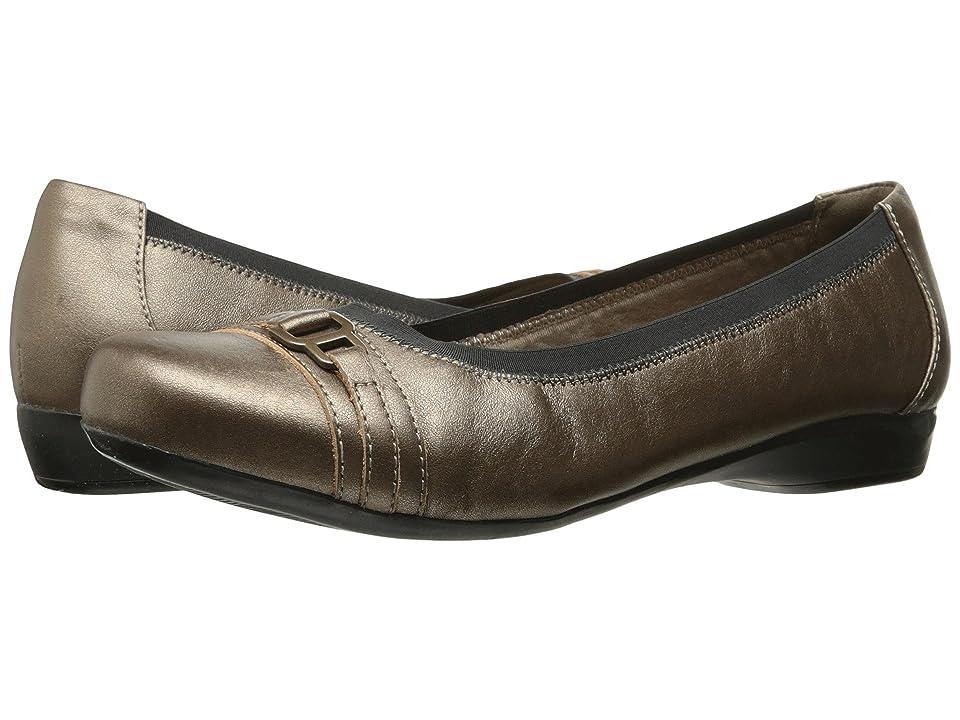 Clarks Kinzie Light (Pewter Leather) Women