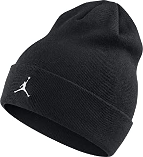 ae6ba550ff52d Amazon.com  NIKE - Skullies   Beanies   Hats   Caps  Clothing