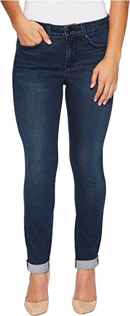 Petite Girlfriend Jeans in Smart Embrace Denim in Morgan