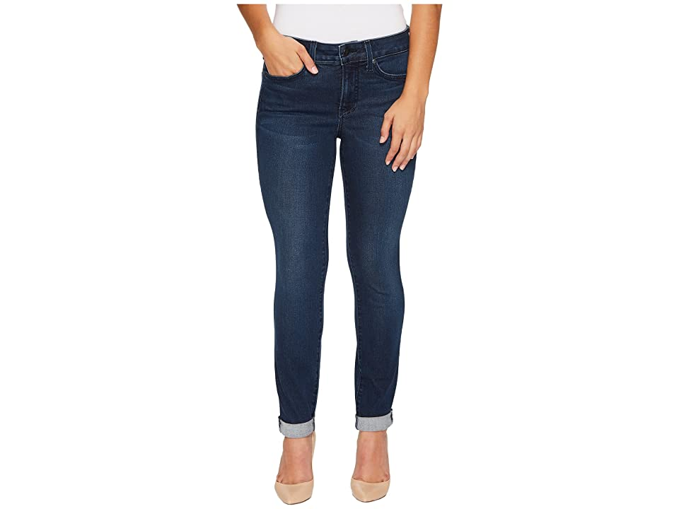 NYDJ Petite Petite Girlfriend Jeans in Smart Embrace Denim in Morgan (Morgan) Women's Jeans