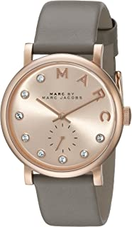 ساعة يد بمينا ارجواني وسوار جلدي للنساء من مارك باي مارك جايكوب، MBM8530