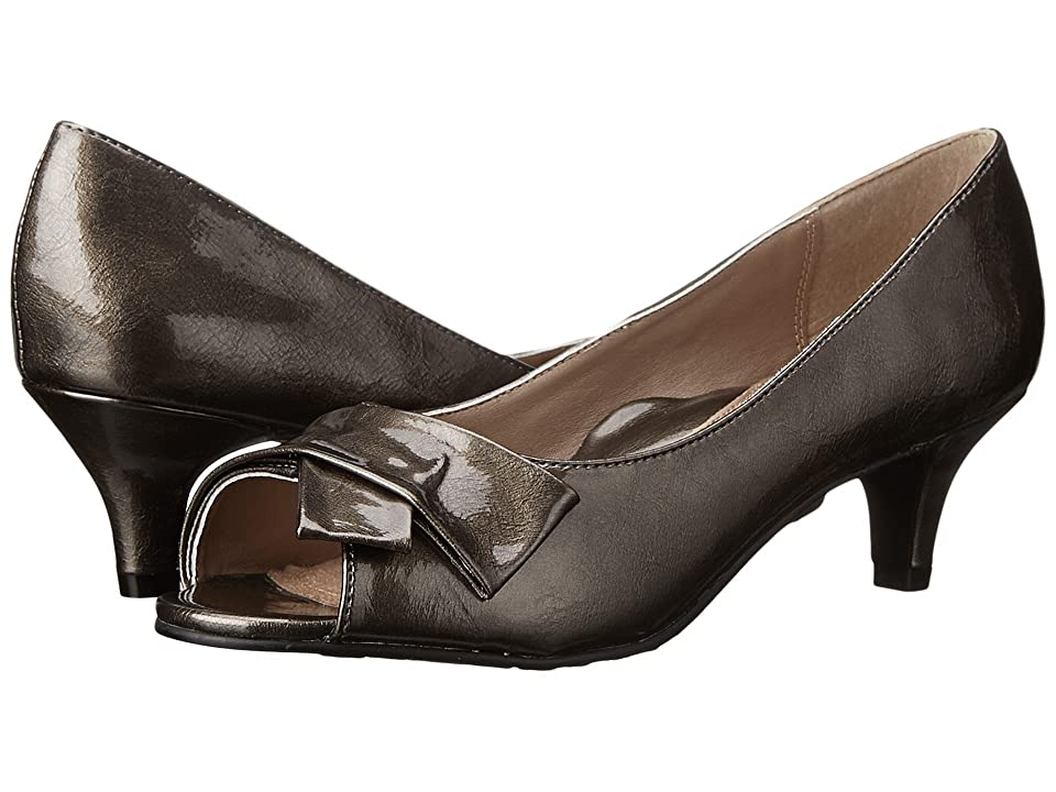 Soft Style Aubrey (Pewter Pearlized Patent) Women