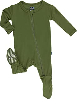 f3c0a8f2aaa Amazon.com  Greens - Footies   Rompers   Clothing  Clothing