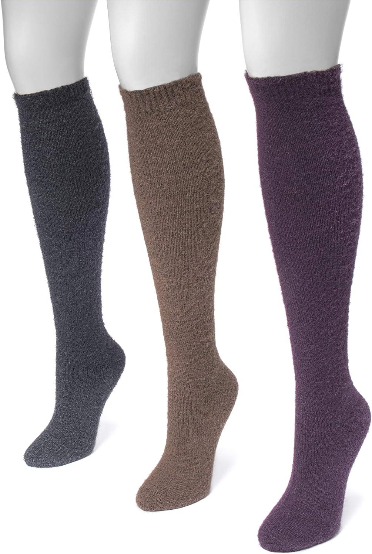 Muk Luks Women's 18'' Soft and Fuzzy Yarn Knee High Socks