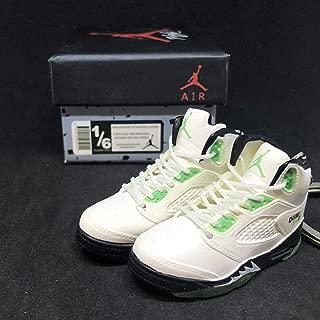 Pair Air Jordan V 5 Retro Quai 54 White Green Q54 OG Sneakers Shoes 3D Keychain Figure + Shoe Box