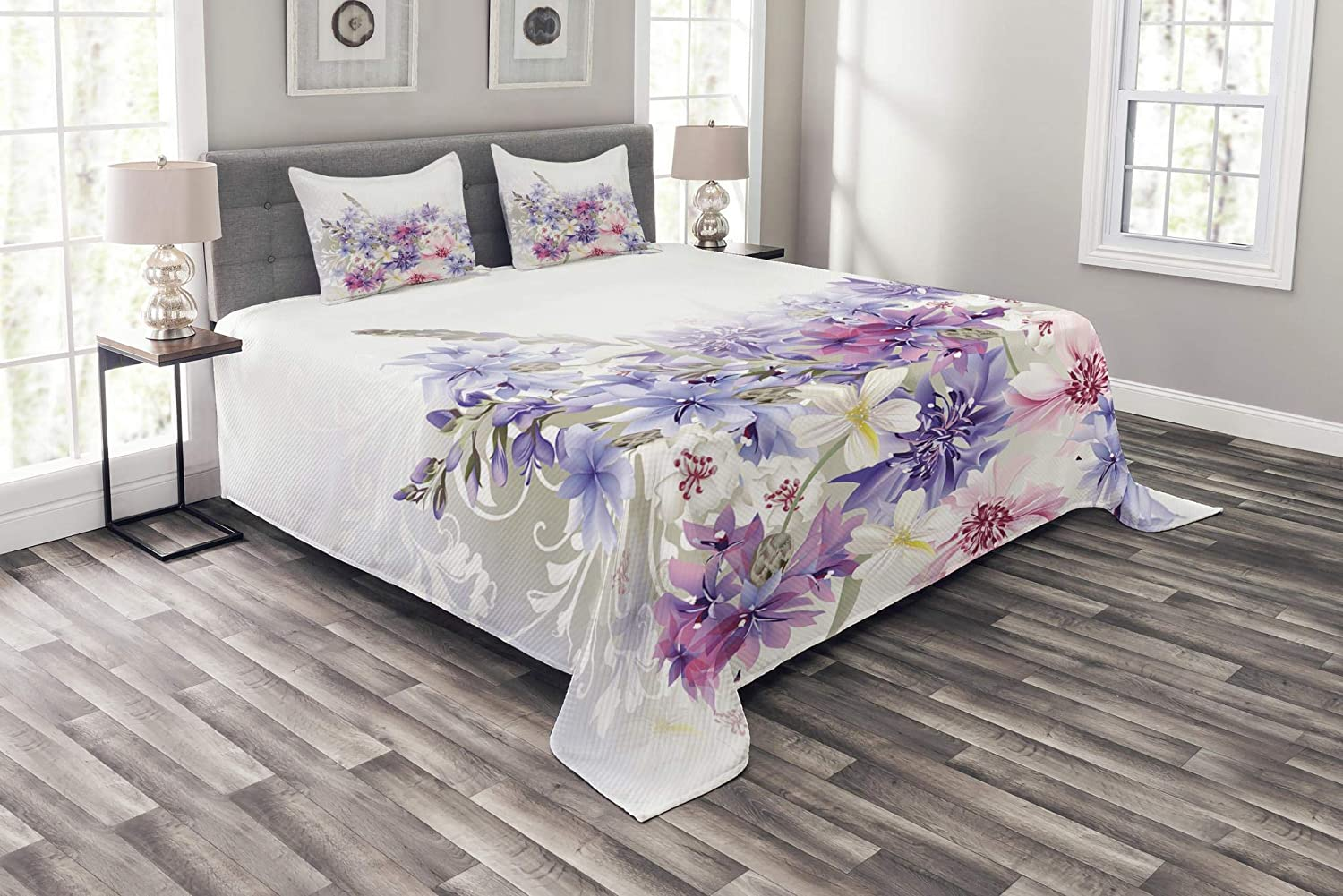 Ambesonne Lavender Bedspread Set Queen Size, Pastel Cornflowers Bridal Classic Design Gentle Floral Wedding Design Print, 3 Piece Decorative Quilted Coverlet with 2 Pillow Shams, purple Pink