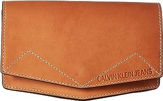 Calvin Klein Women's 25 mm Belt Bag Tan SM/MD