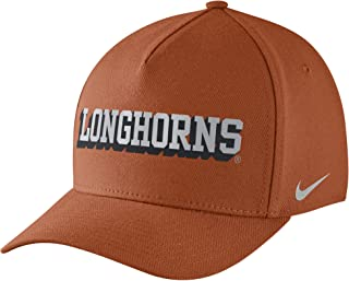 73085670bc021 Amazon.com  NIKE - NCAA   Caps   Hats   Clothing Accessories  Sports ...