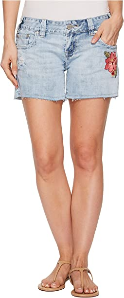 Low Rise Shorts in Light Wash 68-5109