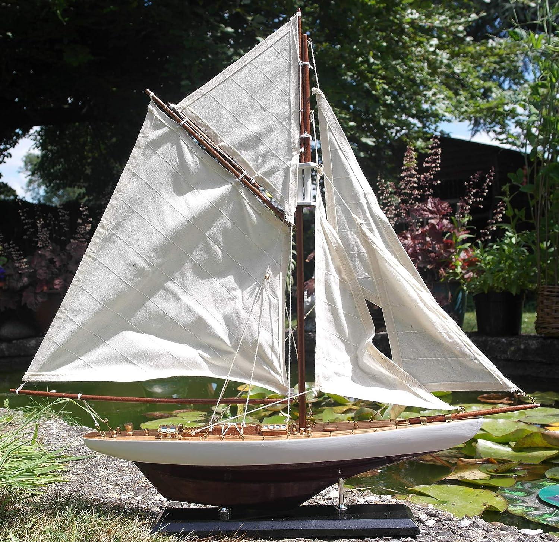 Authentique modèle de bateau Americas Cup Columbia