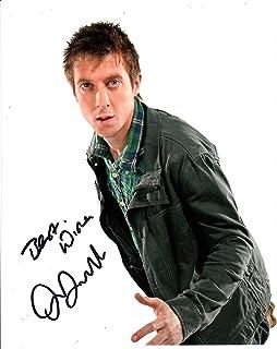 Arthur Darvill Foto firmada de 10 x 8 Colores – Doctor Who – Legends of Tomorrow – Distribuidor de autógrafos 100% en Persona – UACC registrado # 242