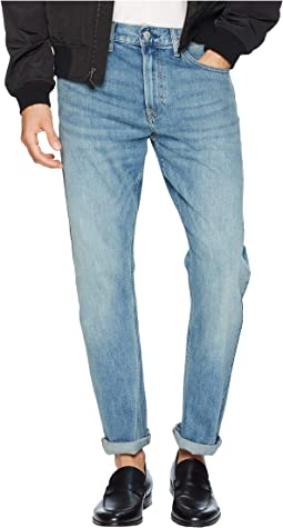 CKJ 035 Straight Jeans in Houston Light Tint