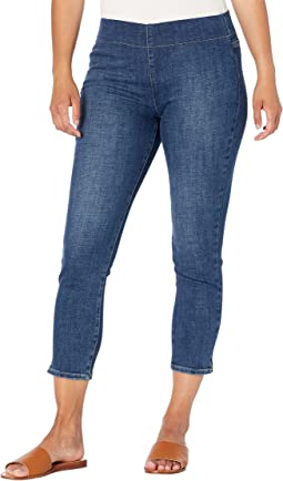 Petite Pull-On Skinny Ankle Jeans in Clean Marcel