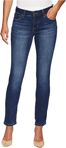 Petite Kelso Straight Jeans in Casper Wash