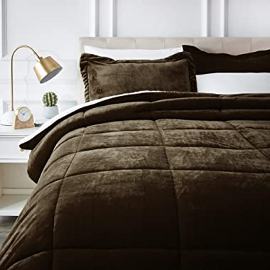 AmazonBasics Ultra-Soft Micromink Sherpa Comforter Bed Set, King, Chocolate - 3-Piece
