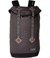 Dakine - Trek 26L Backpack