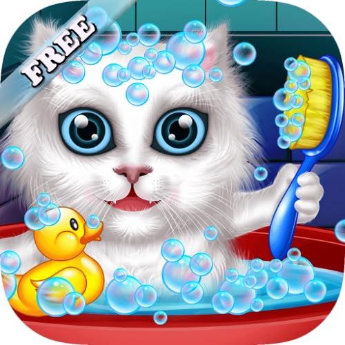 Lavar y tratar a las mascotas: ayudar a los gatos y cachorro