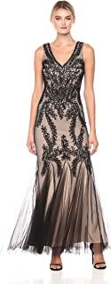 Betsy & Adam Women's Lace Gown with Godets