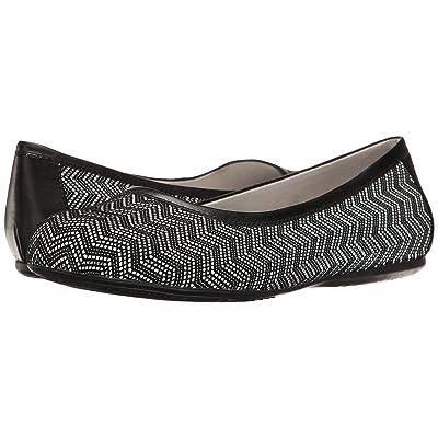 SoftWalk Napa (Black Geo Leather) Women