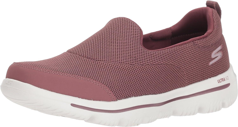 Skechers Womens Go Walk Evolution Ultra-Reach Sneakers