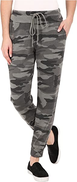 Woodbury Camo Active Pants
