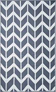 Earth Collective Outdoor Rug - Recycled Plastic Stain Proof 4x6 Outdoor Mat for Patios - Grey & White Chevron, Reversible, Eco, Waterproof, Sun Resistant – Camping, Deck, Beach, RV - (4x6)