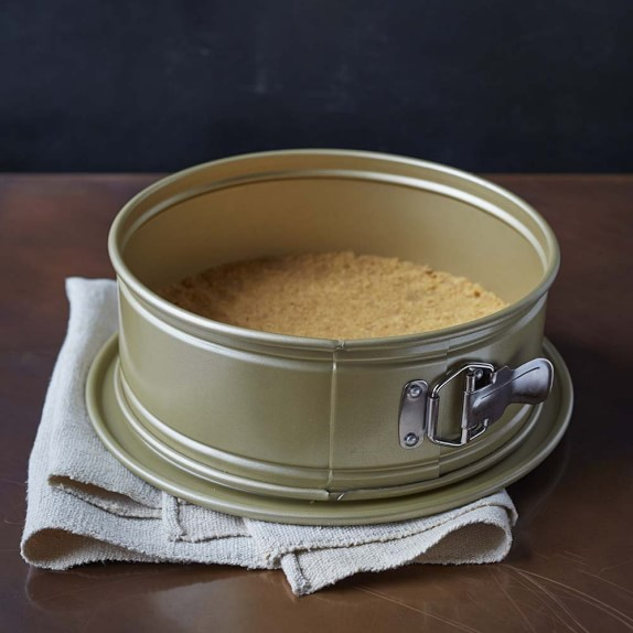 Williams Sonoma Goldtouch® Springform Pan | Williams Sonoma