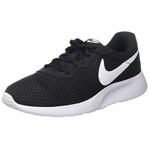 2018144b7b6a Black Nikes for Women  Amazon.co.uk