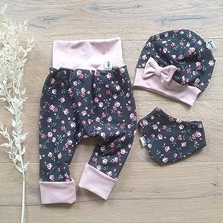 Sharlene Babymode ANGEBOT Set - Hose, Schleifenmütze, Halstuch - Dunkelgrau kleine Rosen Rose Baby Mädchen