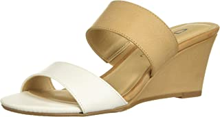 CL by Chinese Laundry Womens Tulip Burnished Tulip Beige Size:
