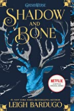Shadow and Bone (The Shadow and Bone Trilogy, 1)