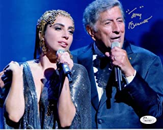 TONY BENNETT HAND SIGNED 8x10 COLOR PHOTO ON STAGE WITH LADY GAGA - JSA Certified