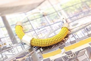 Bracciale rigido in cotone senape lavorato crochet - Matitie