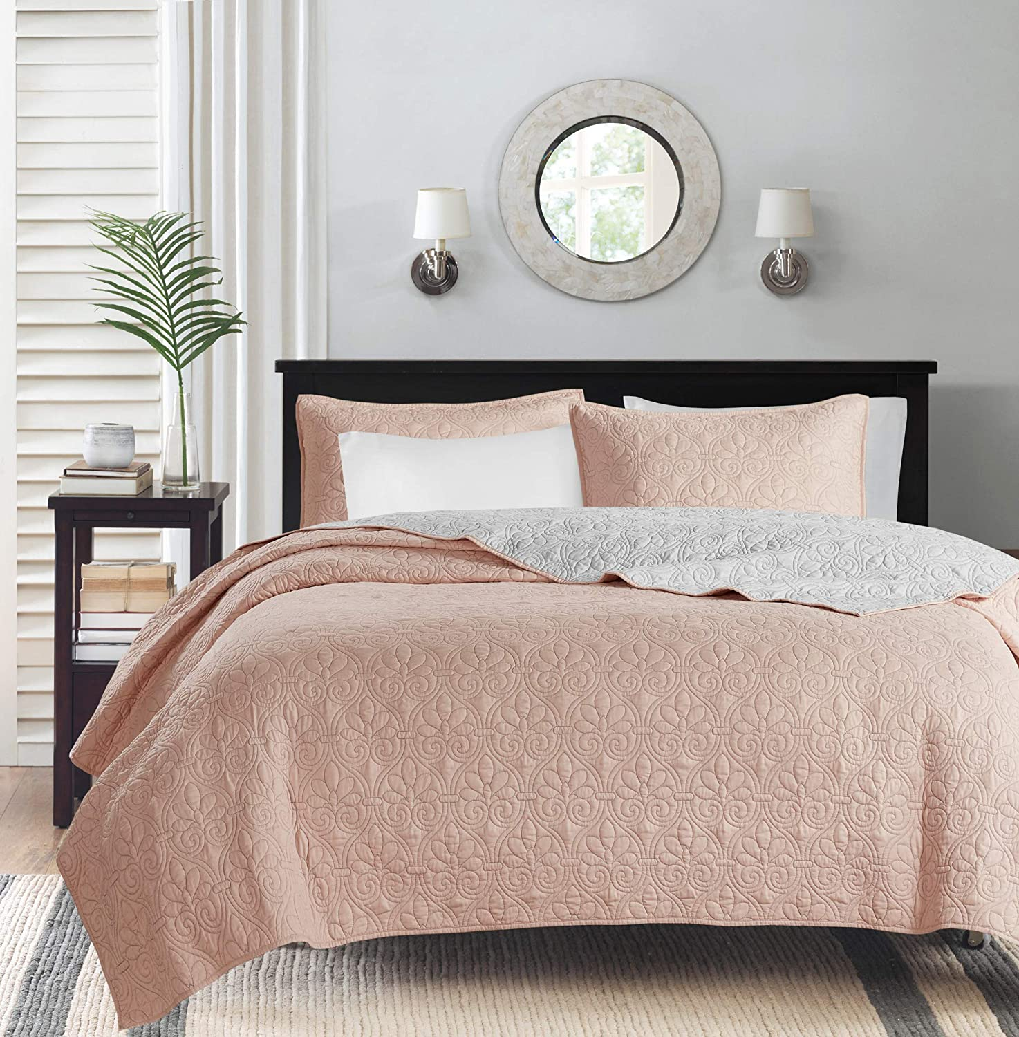 Madison Park Quebec Quilt Set - Luxurious Damask Stitching Design Anti-Microbial, Cotton Filled Lightweight Coverlet Bedspread Bedding, Shams, King/Cal King