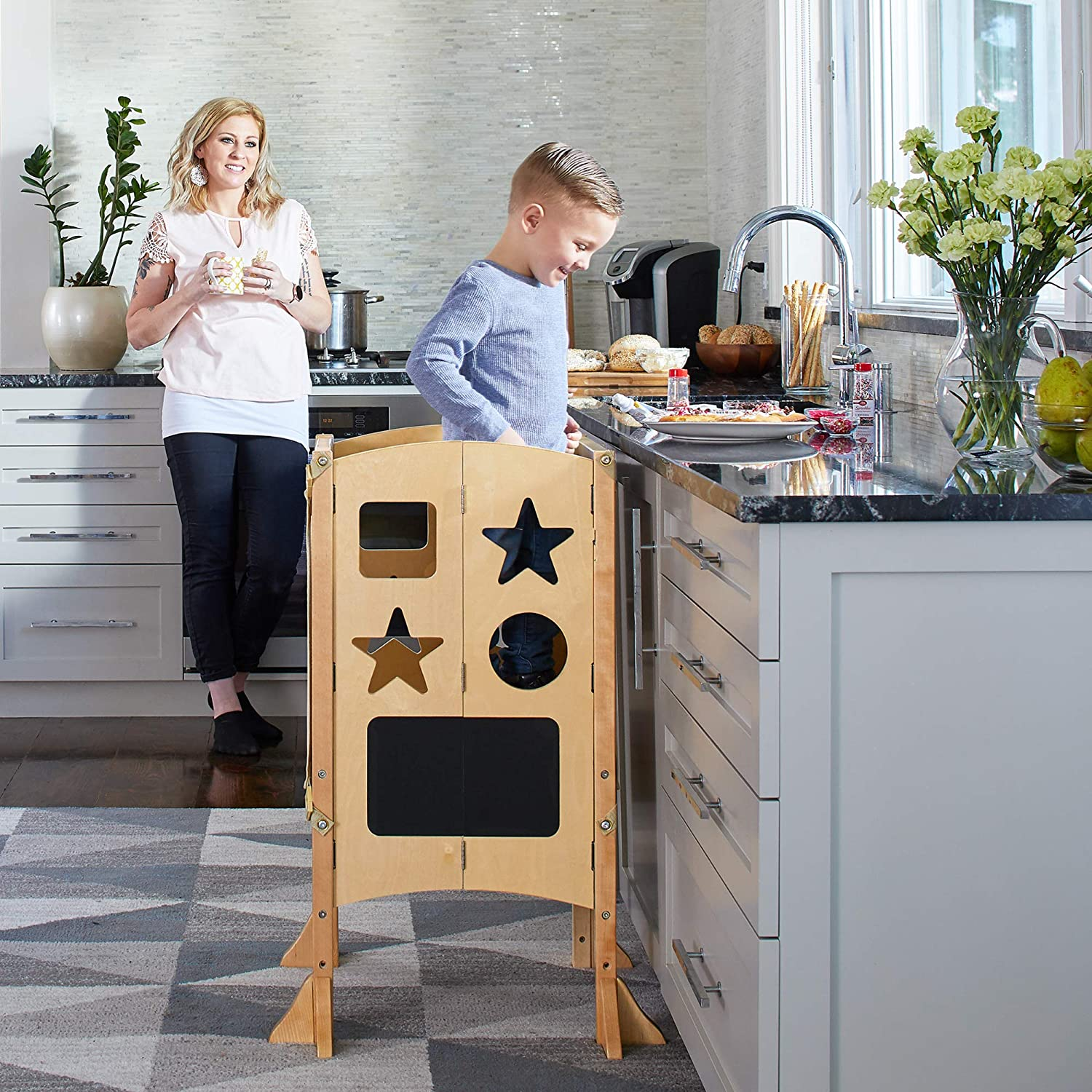 Amazon Com Guidecraft Classic Kitchen Helper Stool And 2 Keepers Natural Adjustable Height Kitchen Step Stool For Toddlers W Chalkboard And Whiteboard Message Boards Supports Up To 125lbs Furniture Decor