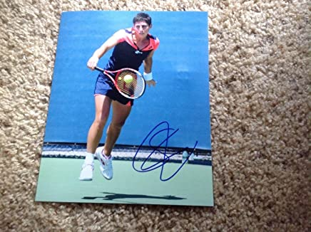 Carla Navarro Signed Photo - Suarez 8x10 Spain a - Autographed Tennis Photos