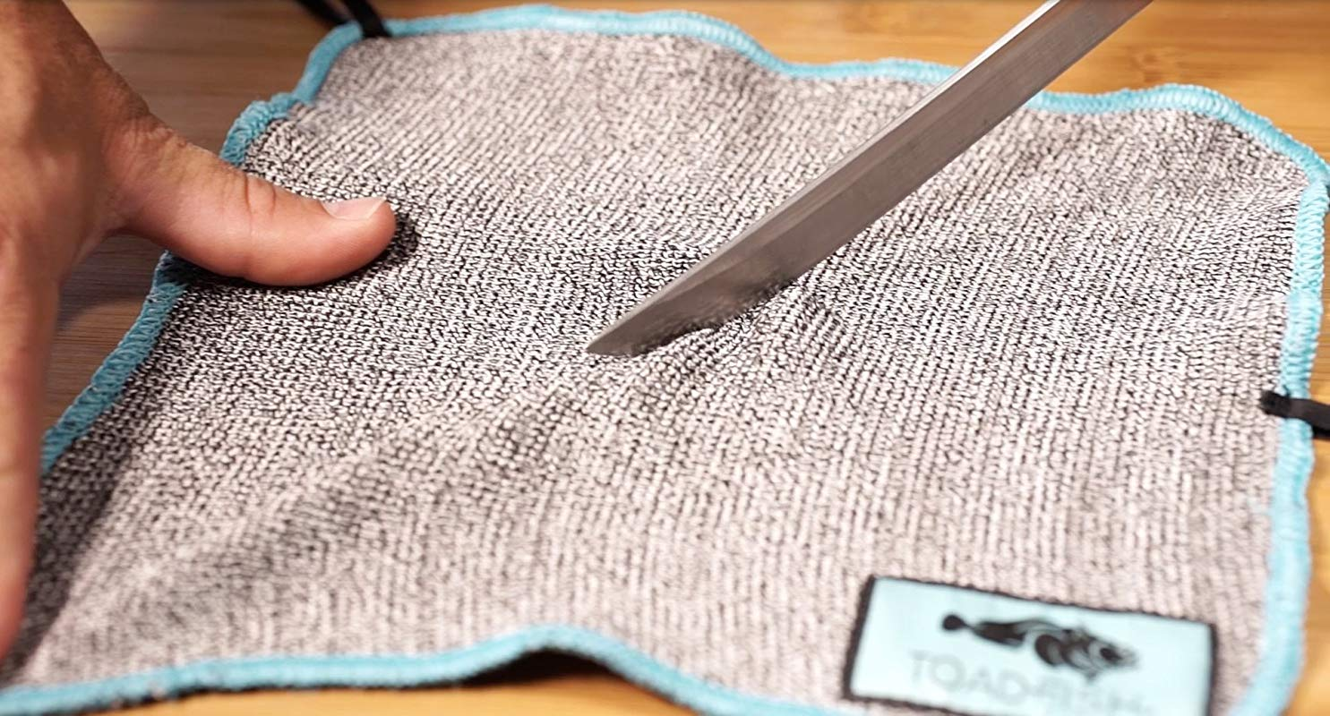 Cut Resistant Oyster Shucking Cloth For Use With Oyster Shucking Knife Clam Or Oyster Shucker Better Than Shucking Gloves Or Kitchen Glove By Toadfish