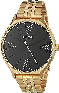 ساعة نيكسون كليك.