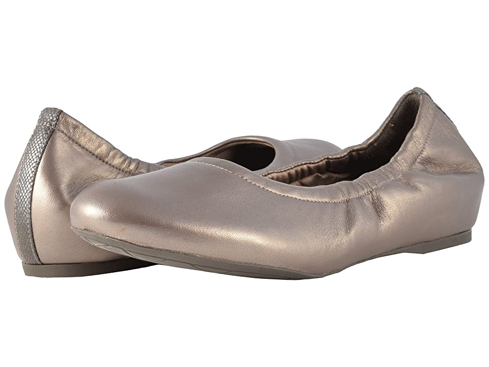 Rockport Total Motion Luxe 20mm Ruche Slip-On (Taupe Metallic) Women