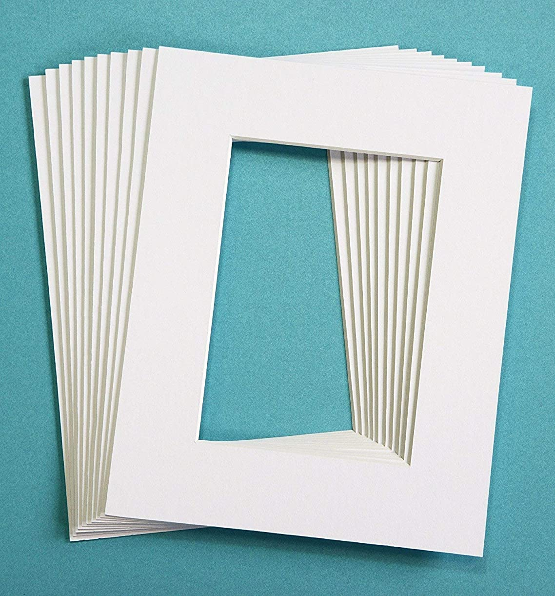 Pack of 25 WHITE 5x7 Picture Mats Matting with White Core Bevel Cut for 4x6 Pictures uqovh5736