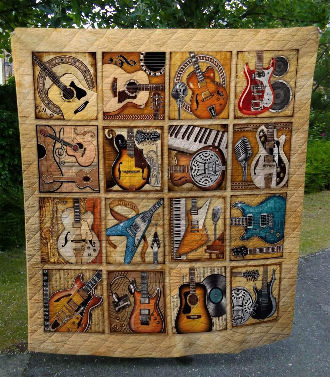 Long Beach Gifts Mall Guitar Lala Quilt Gift for Lovers Boys Kid Birthday Your